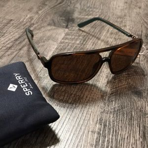 Sperry Accessories - NWT Sperry Mens Georgetown sunglasses